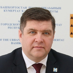 Boris Belyaev, head of administration of the city district